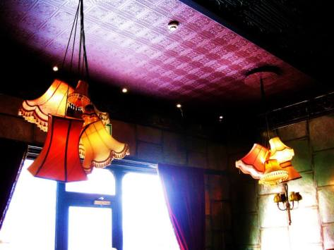 Lighting ideas to steal. Cluster pendants at The Tunbridge Wells Hotel.