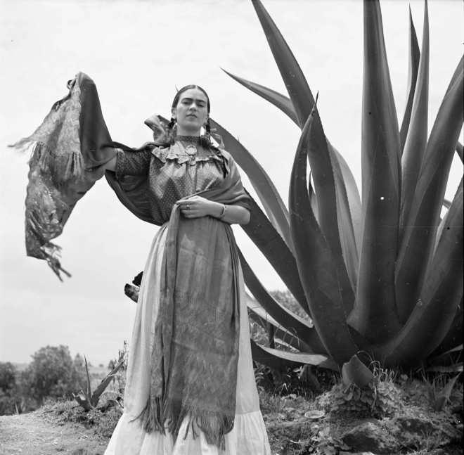 All hail Queen Frida. (pinterest)