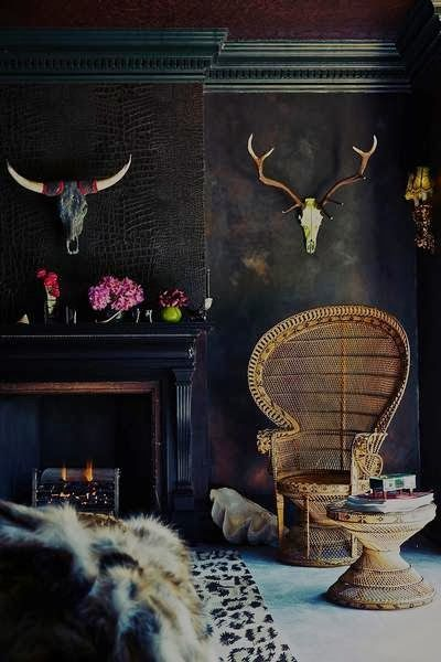 Dark walls, an open fire, and some taxidermy. What's not to love! (thisivyhouse.tumblr.com)