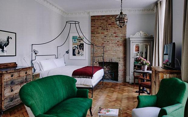 The gorgeous Artist Residence Hotel in London. http://artistresidencelondon.co.uk/