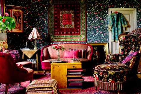 Folk, boho, and Frida come together in this stunning interior. (pinterest)