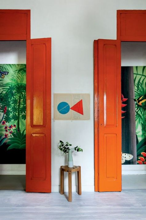 Bold and bright doorways. (pinterest)