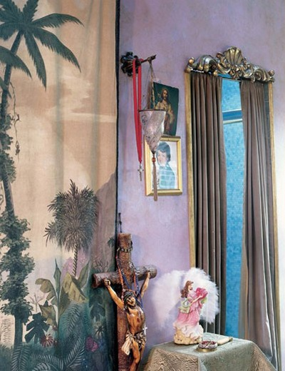 Curtained door. (pinterest)