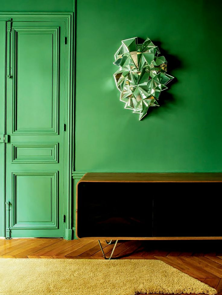 A bold green door. (http://avaxhome.ws/blogs/FAV2009)