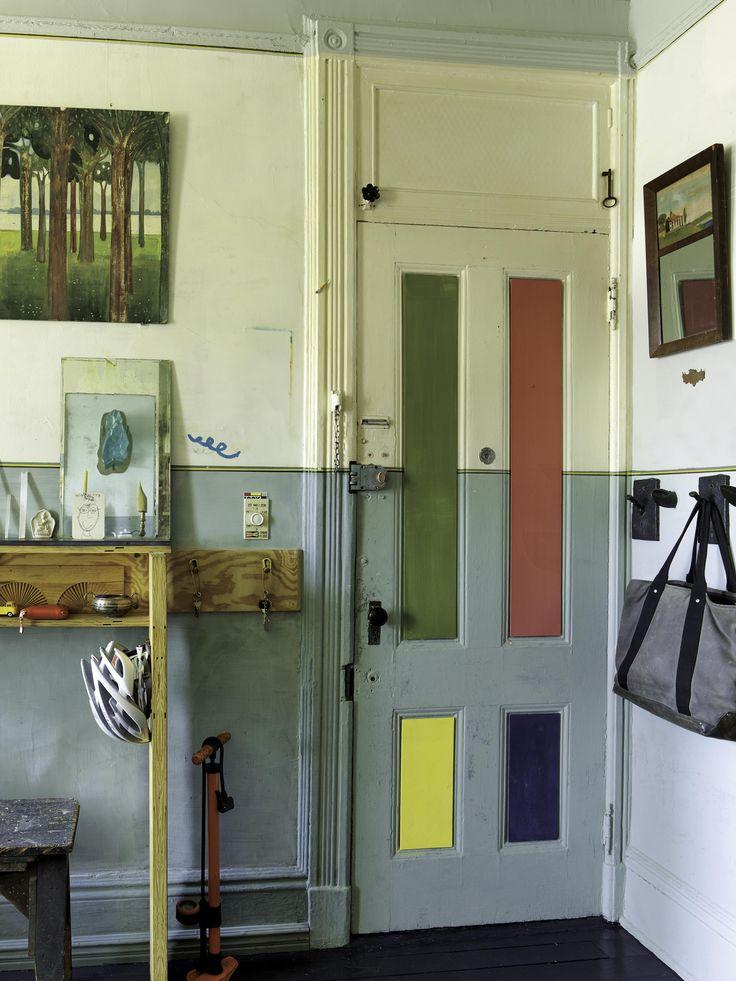 Multicoloured door. (pinterest)