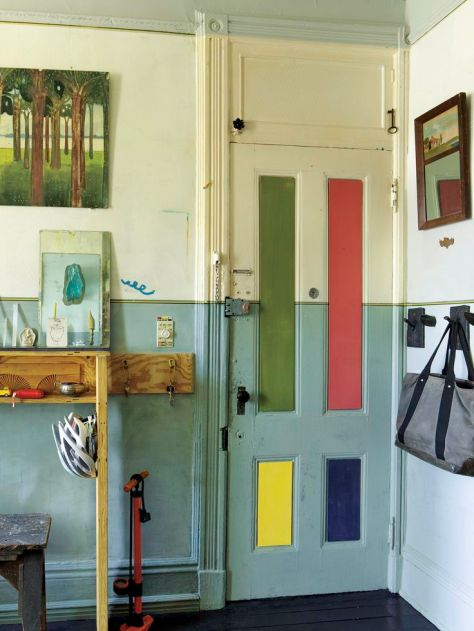Multicoloured door. (pinterest)