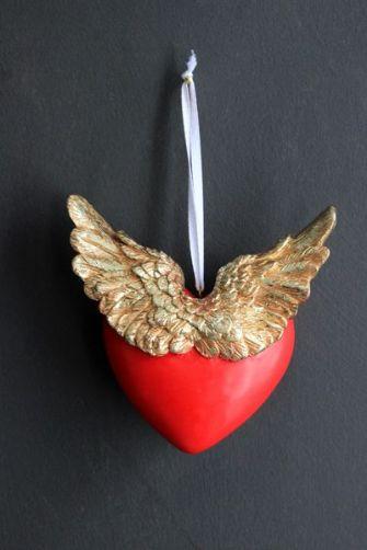 love-has-wings-decoration-40783-p[ekm]335x502[ekm]