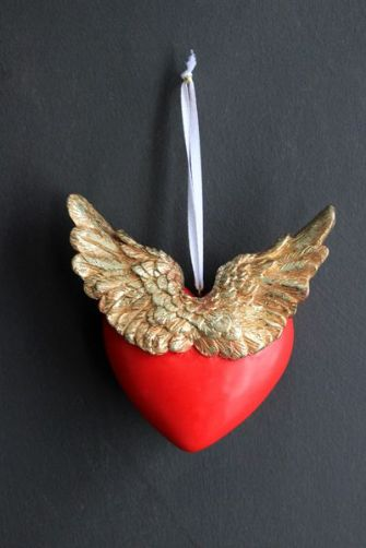 love-has-wings-decoration-40783-p[ekm]335x502[ekm]